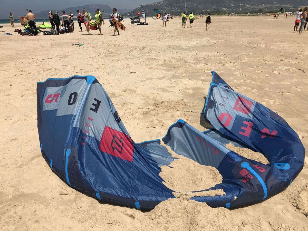 Learning to fly – Kitesurfing lessons, Tarifa